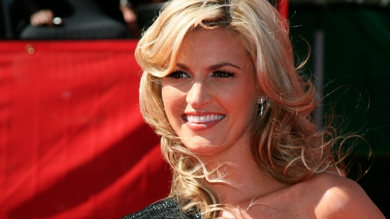Erin Andrews nude video lawsuit takes turn in court