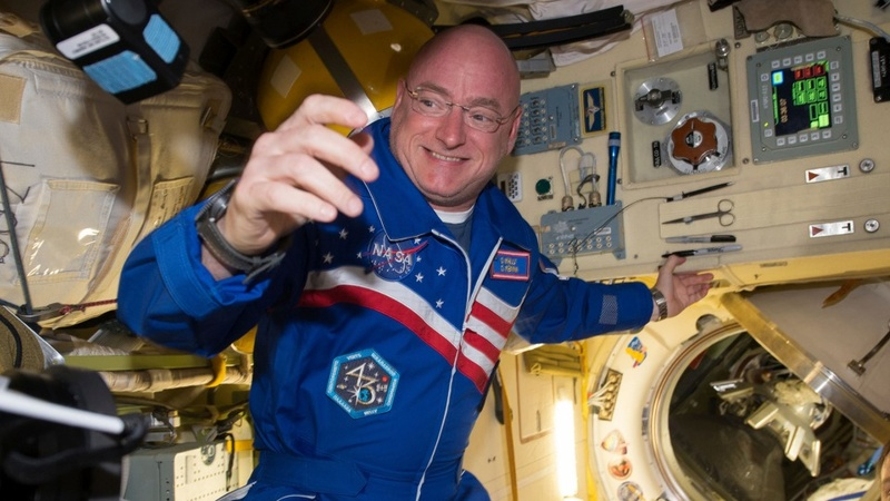 Astronaut Scott Kelly's record year in space
