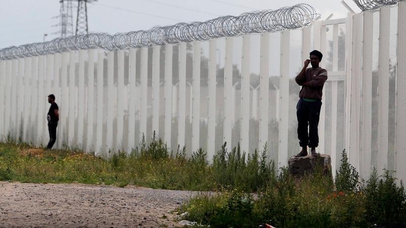 Brexit: France could end UK border checks