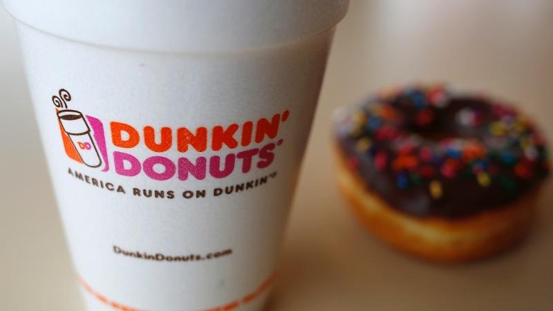 Dunkin' targets Starbucks in caffeine fight