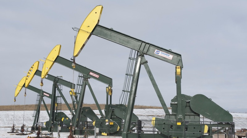 Oil bounces back from 2016 rout