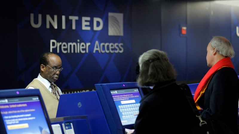 A fight to shake things up at United Continental