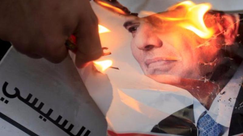 Egypt turns against 'saviour' President Sisi