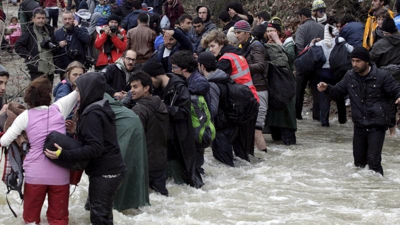 EU to pin migrant hopes on Merkel swap deal