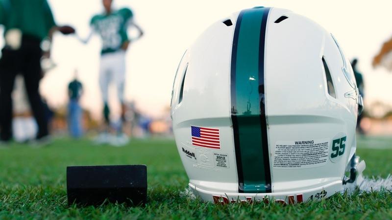 Top NFL official acknowledges concussion link