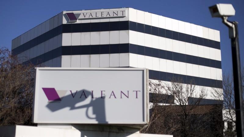 Valeant stock tanks after warning of default