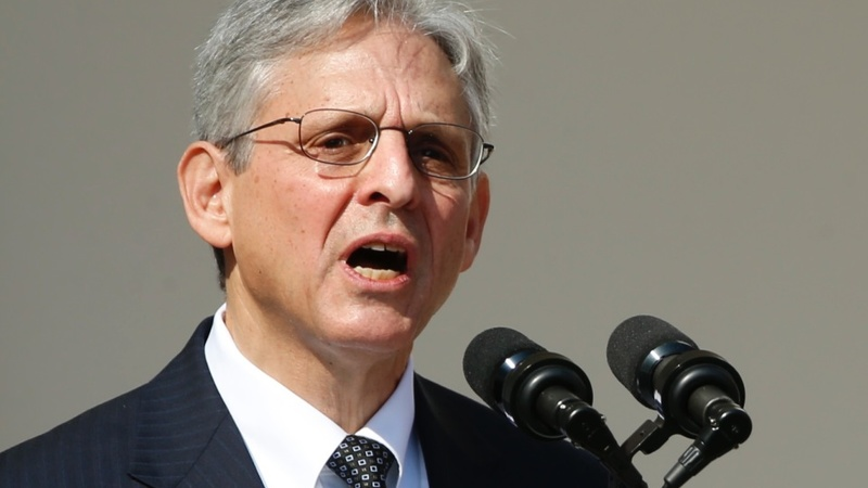 Garland heads to Senate amid nomination fight