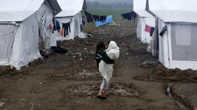 EU, Turkey clinch deal to return migrants