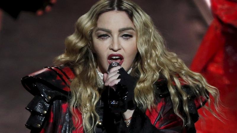 Madonna ends tour with 'Borderline' behavior