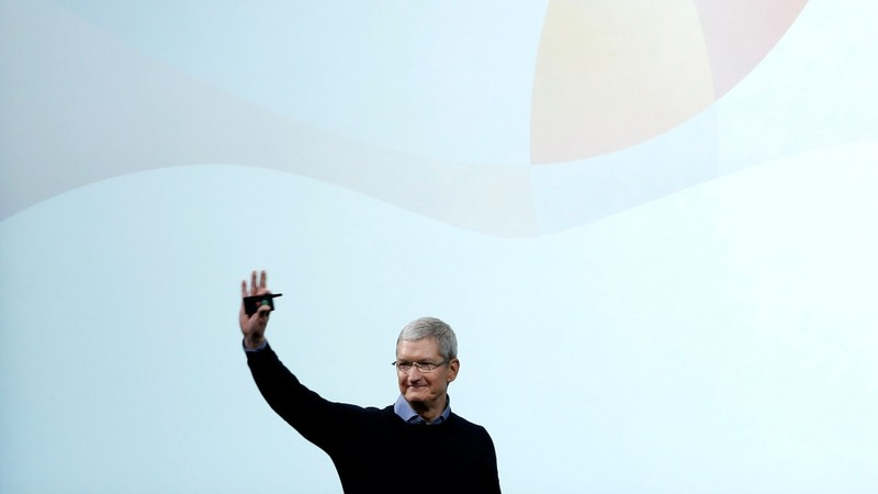 Apple unveils smaller iPhone, more privacy