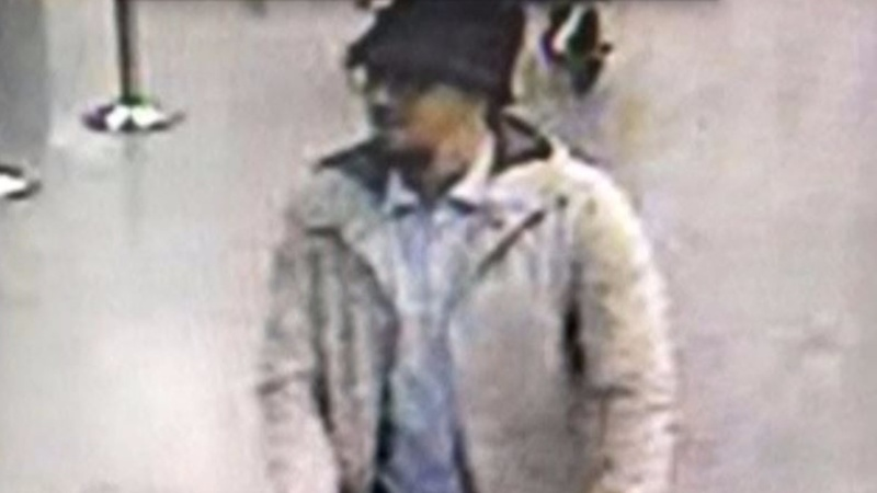 Airport attack suspect hunted in Brussels