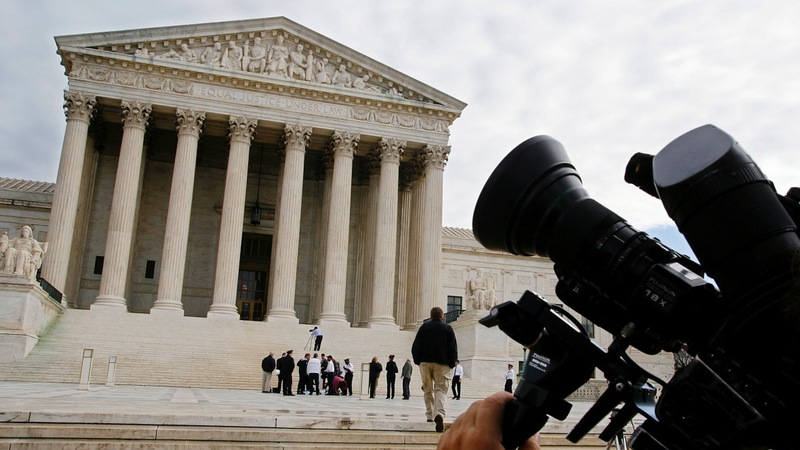 Supreme Court hears Obamacare case, without Scalia