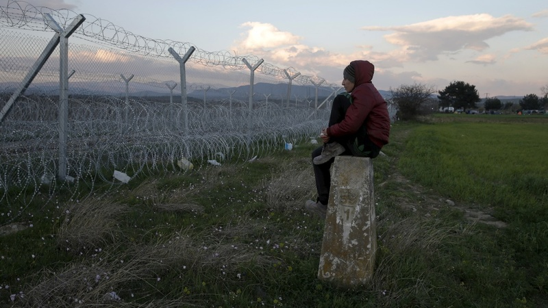 Fences go up along Europe's borders