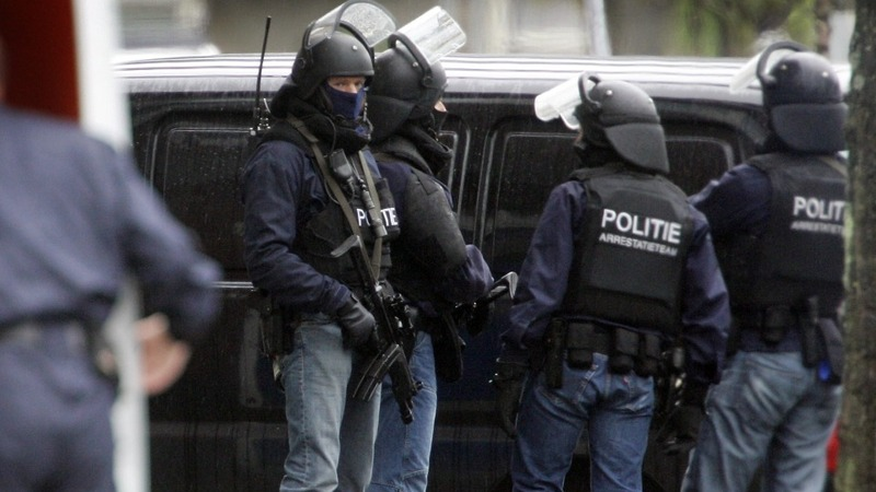 Dutch police arrest suspect at France's request