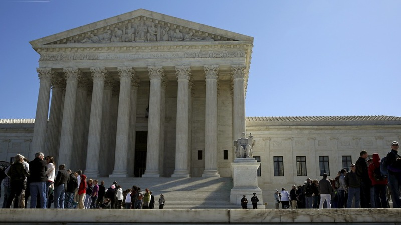 Supreme Court ties 4-4 on labor case
