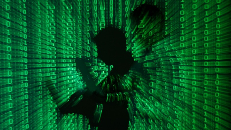 High-stakes heists turn to hackers