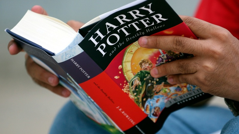 Harry Potter chair goes up for auction