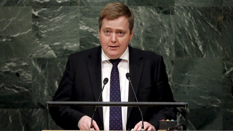Panama Papers: Iceland's PM resigns