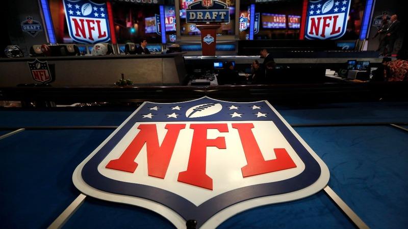 Twitter scores an NFL touchdown