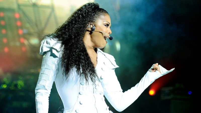 Janet Jackson taking leave from tour