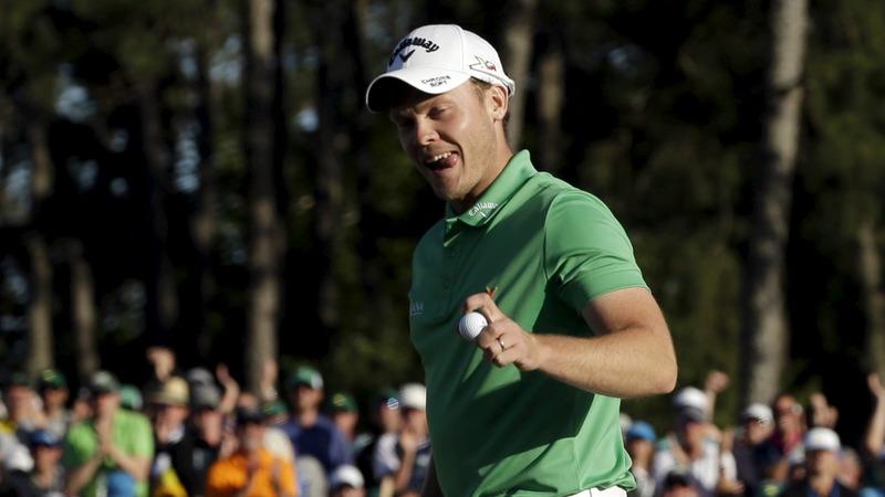 English outsider Willett wins Masters