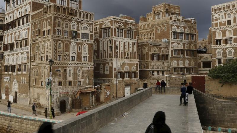 Yemen truce starts but fighting reported