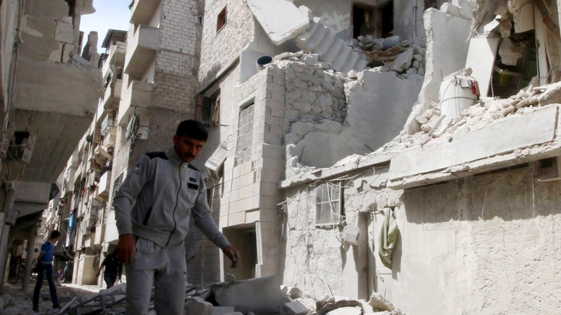 Aleppo fighting strains Syria truce