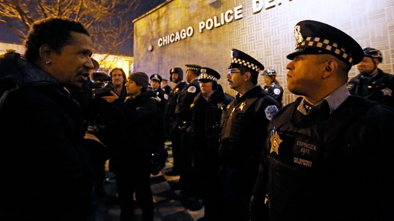 Chicago police plagued by racism - report