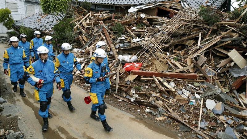 Rescue efforts step up in Japan quake zone