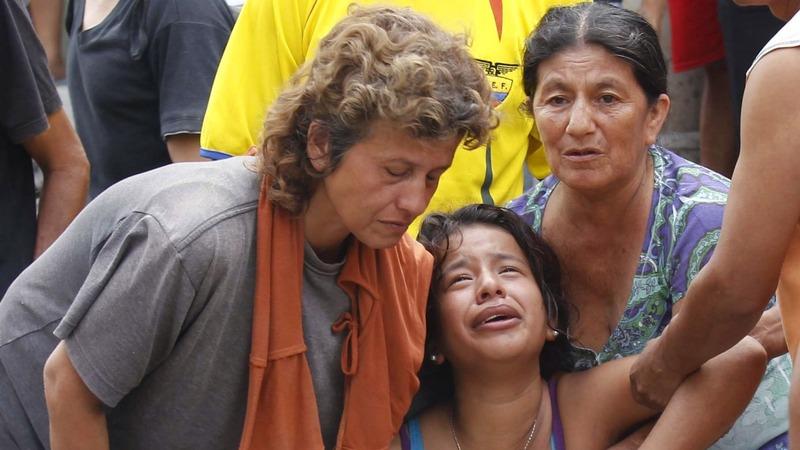 Search for survivors amid 7.8 quake in Ecuador