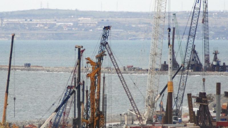 Crimea pins hopes on bridge to Russia