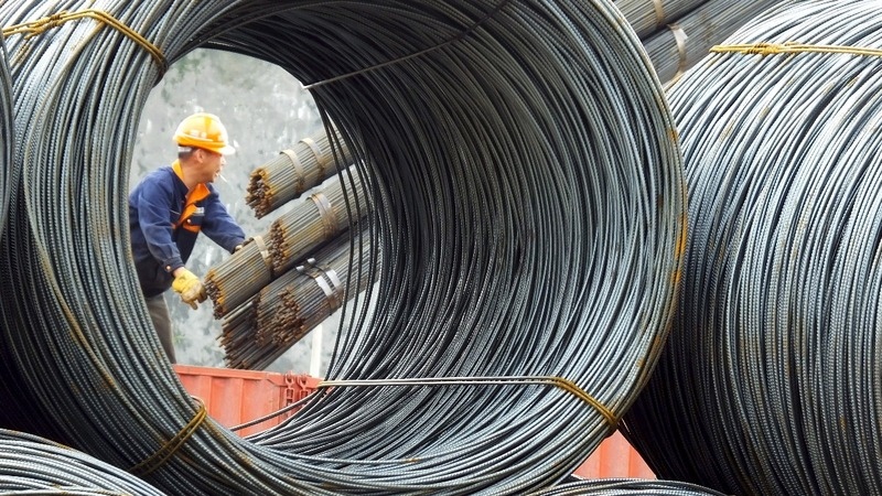 China says 'don't blame us' for steel glut