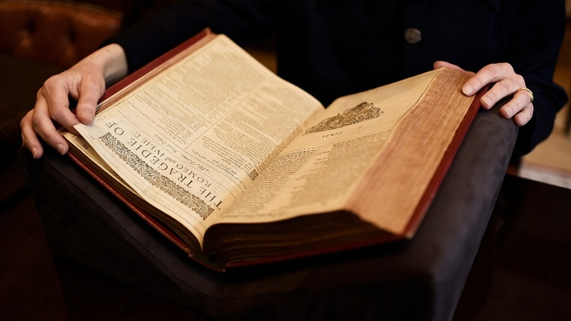 400-yr-old Shakespeare Folio up for sale