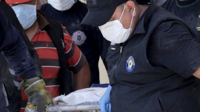 Survivors and bodies found days after Ecuador quake