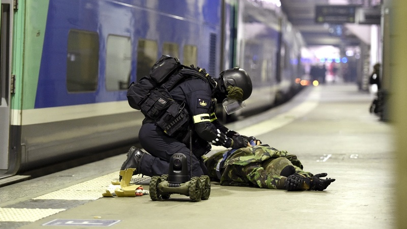 INSIGHT: Paris police storm station in anti-terror drill