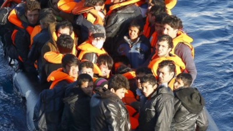 EU to forge joint coast guard by summer