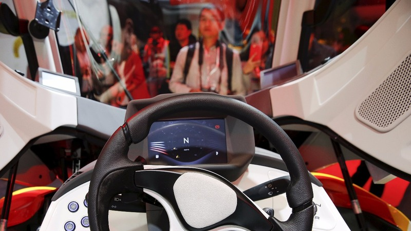 Shell's concept car drives against EV trend