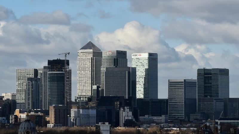 UK banks set for grim results