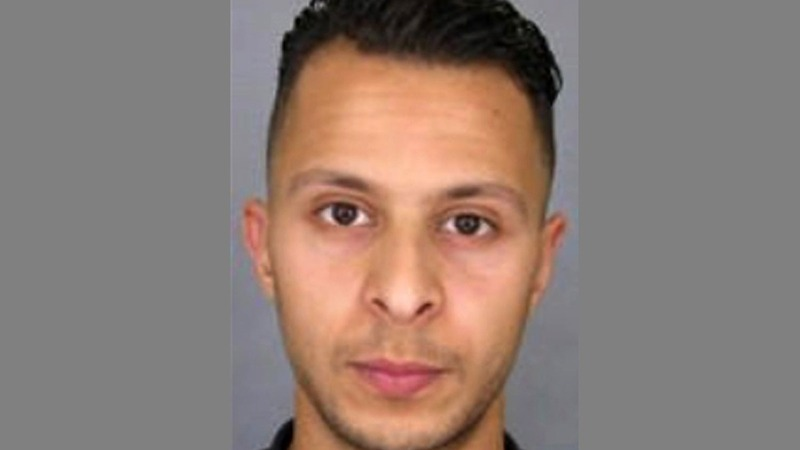 Paris attacks suspect extradited to France