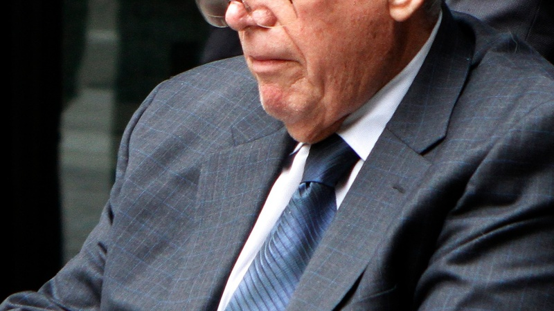 Hastert admits sex abuse, gets 15 months in prison