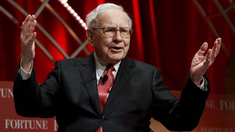 Omaha comes alive for Buffett's Berkshire blowout