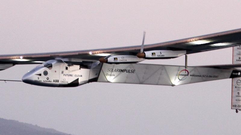 Solar plane flies across America