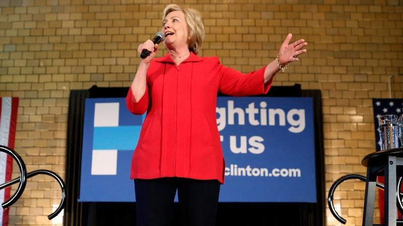 Clinton looks to snap losing streak in Kentucky