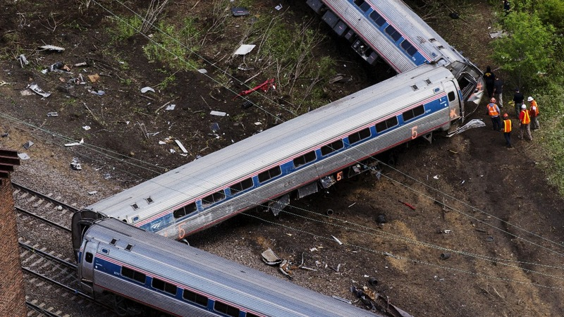 Distraction to blame for deadly Amtrak crash