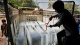 India grapples with record temperatures