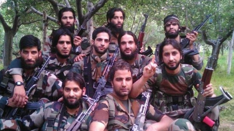 Kashmir's new rebels arm up with smartphones