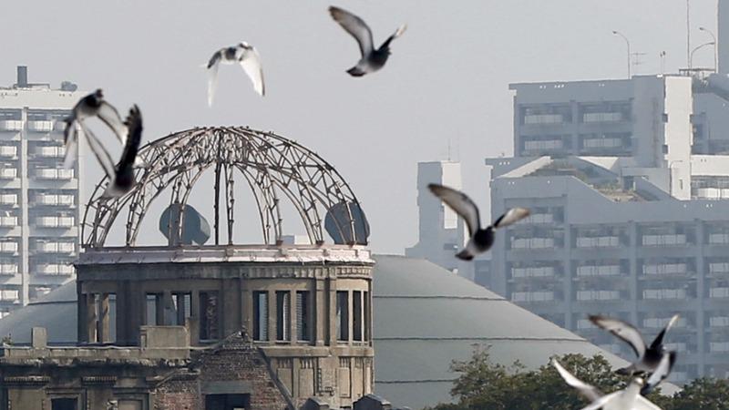 Debate stirs ahead of Obama's Hiroshima trip