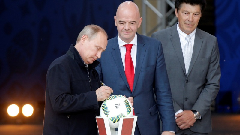 Putin and FIFA boss launch World Cup program
