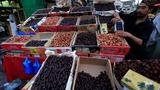 INSIGHT: Muslims prepare to celebrate Ramadan