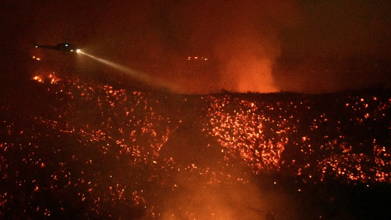 LA homes evacuated as brush fires spread